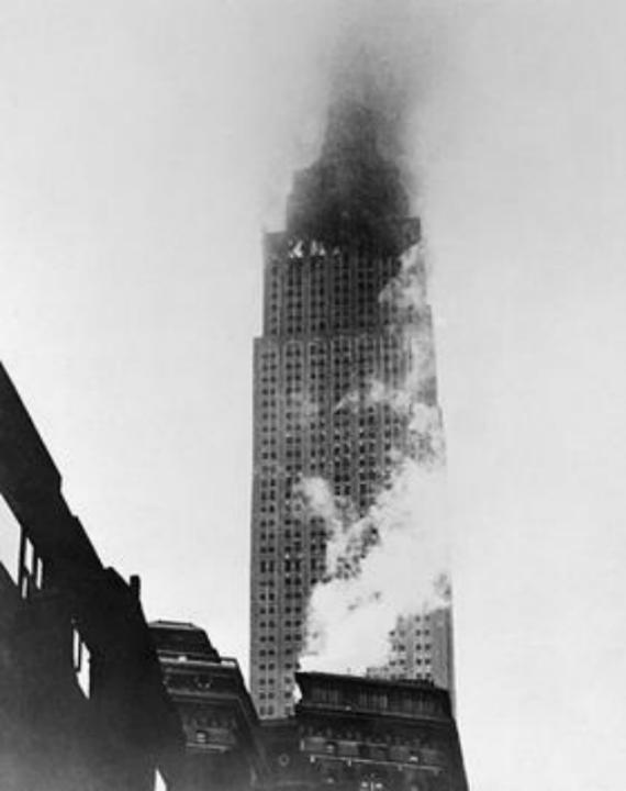 Таран небоскрёба в 1945 году