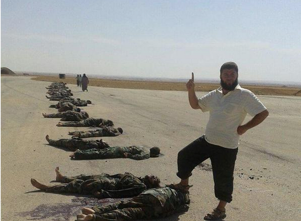 Британские сми выдали расстрел чеченскими боевиками игил сирийских солдат за массовое убийство детей