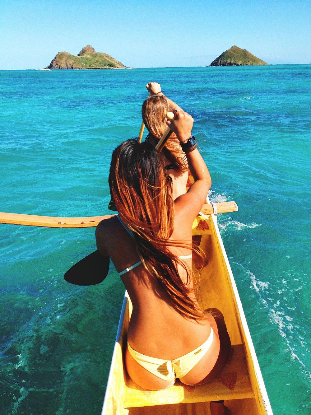 Прикольное фото девушек на море