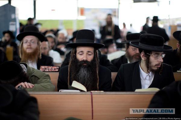 Быт ультра-ортодоксальных евреев в Иерусалиме. Фоторепортаж