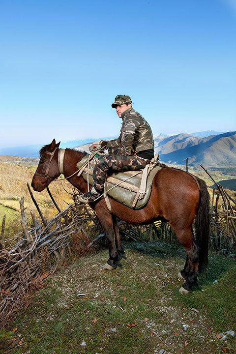 """Как выглядят """"клятвенные девственницы"""" Албании: удивительные фото"""
