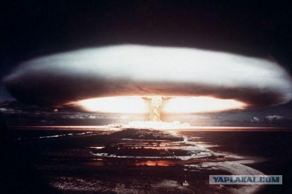 На Марсе предложили взорвать термоядерную бомбу