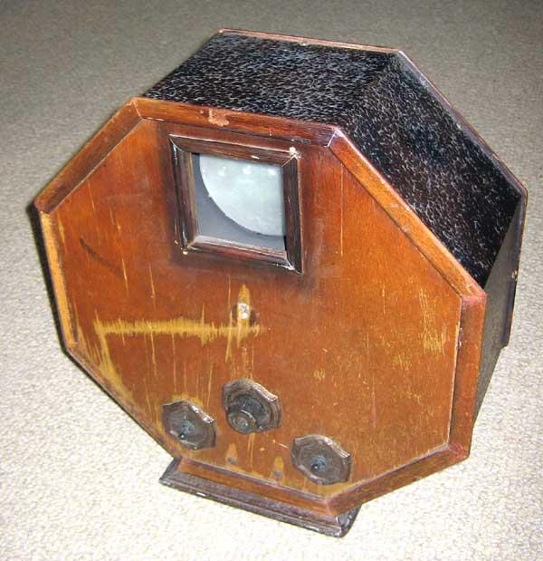 Как сделать телевизор с диском нипкова