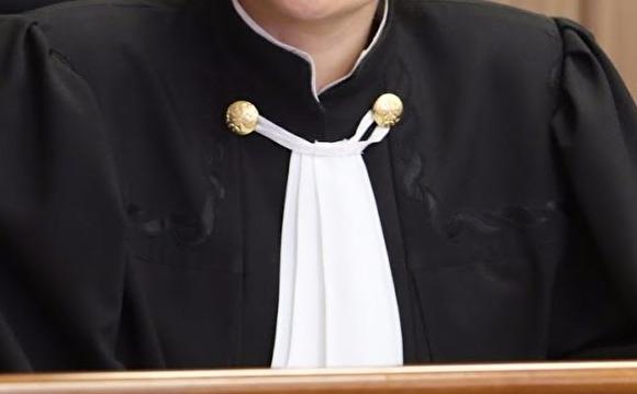 На Кубани судья ударила девушку в лицо. Силовики начали проверку