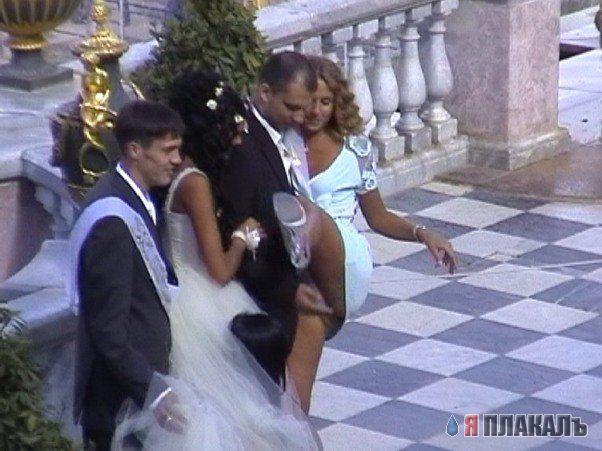 Подглядел за невестой секс