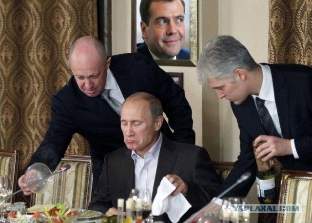 Путин импортозаместился  насчёт устриц-теперь будет жрать в своём дворце свои черноморские устрицы