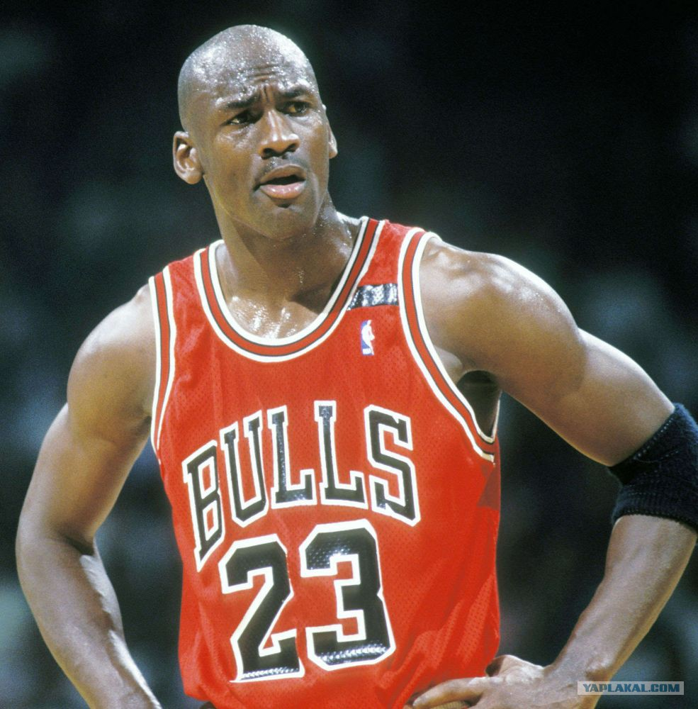 a biography of michael jordan the man that is the legend On saturday, basketball legend and charlotte bobcats owner michael jordan married model yvette prieto during a lavish ceremony in palm beach, fla after five years of dating and four years of.