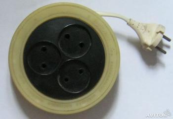 Мотает кабель