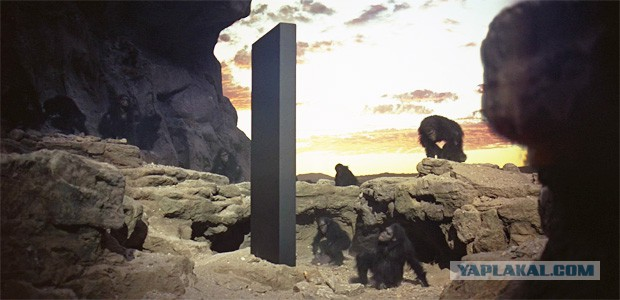 Загадочный монолит на поверхности марсианского спутника Фобоса