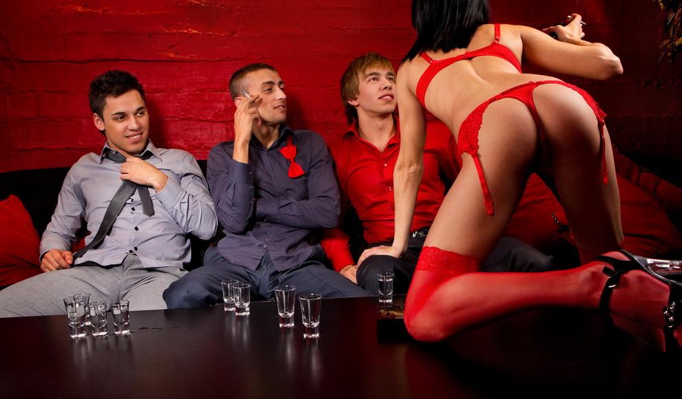 ссекс вечеринка в доме