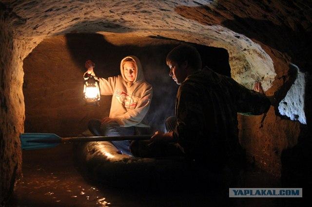 На лодке по Танечкиной пещере