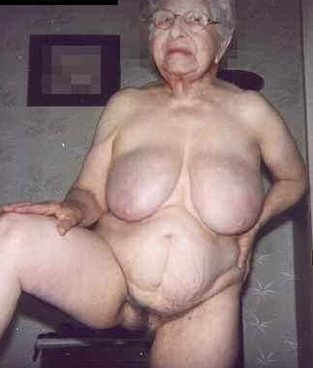 Настоящие дряблые старухи с радостью продемонстрируют свои тела. Вот чем н