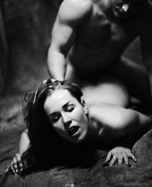 он и она черно белое фото эротика