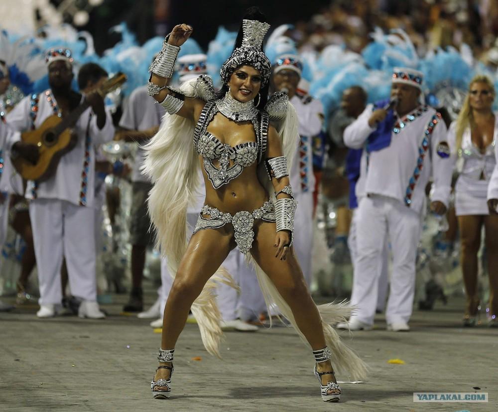 Трах на карнавале в бразилии 13 фотография