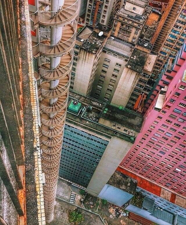 Фотоподборка ночных кошмаров современной урбанизации
