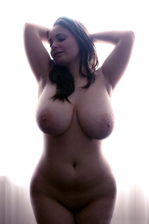 golie-telki-polnih
