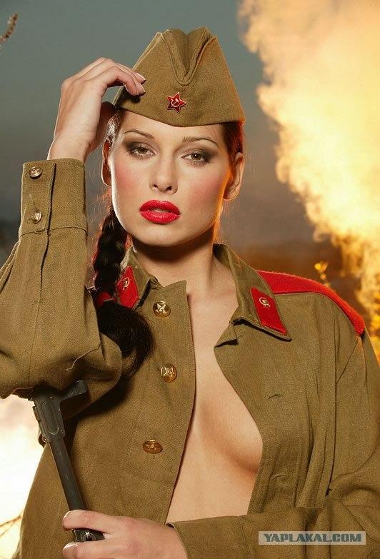 Военная женщина (8 фото)