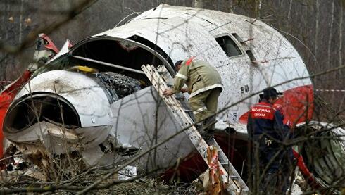 В Польше заявили, что на самописце Ту-154 Качиньского нашли запись взрыва