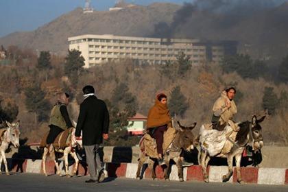Теракт в Кабуле: боевики напали на пятизвездочный отель в Афганистане и убили 43 человека