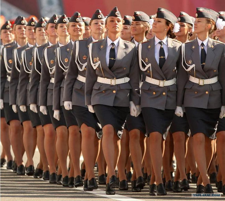 Солдатка в юбке 1 фотография