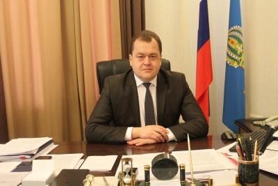 Пытался улететь в Испанию. В Москве задержан астраханский министр
