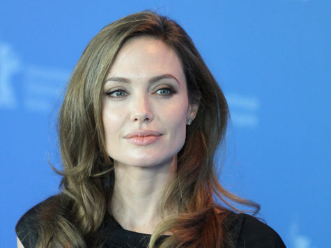 Анджелине Джоли удалили обе груди!
