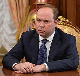 Где-то в параллельной вселенной... Доход главы администрации президента РФ за год составил 255 млн. рублей...