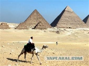 В Египте требуют разрушить пирамиды...