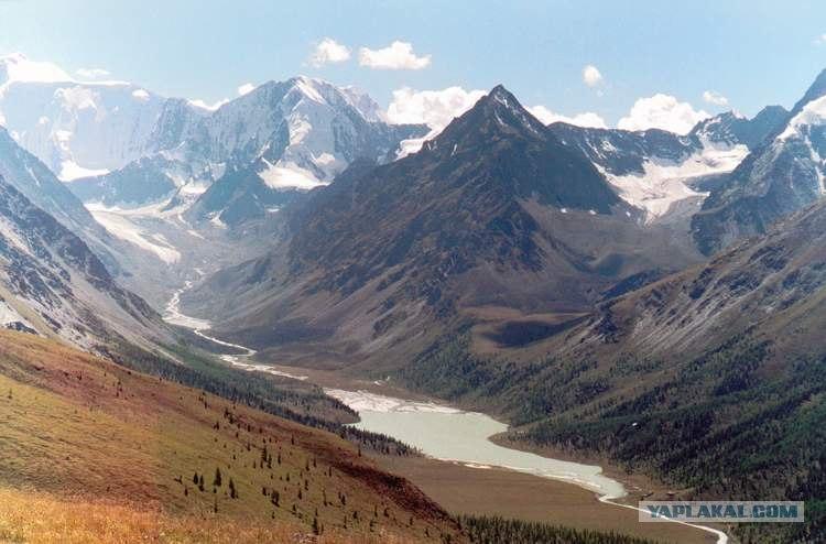 Гора Белуха - высочайшая вершина Горного Алтая.