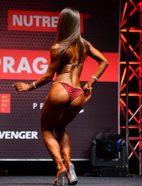Юлия Детушева - абсолютная чемпионка бикини-фитнес