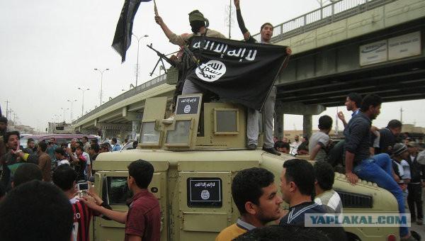 Ираке боевики ИГ штурмуют базу с американцами