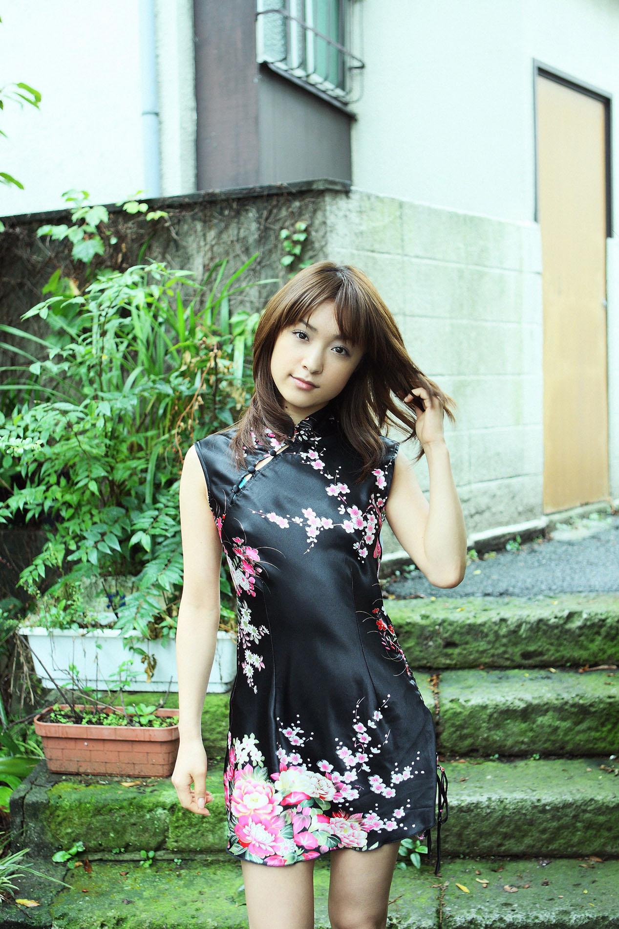 Фото азиатских девушек в купальниках 19 фотография