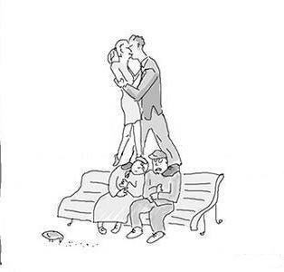 Откровенный поцелуй или капелька легкой наркомании