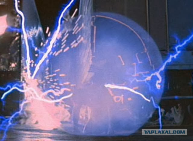 Как выглядит обрыв контактного провода у электрички