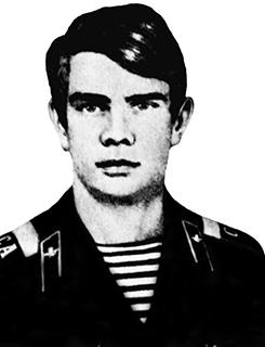 Александр Мироненко был в числе первых, кому в Афганистане была присвоена высшая боевая награда - звание Героя Советского Союза