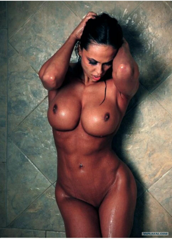 Фитнес бикини трахаются 6 фотография