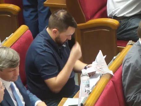 В Госдуме обсудят вопрос чтения молитв до и после заседания рабочих групп