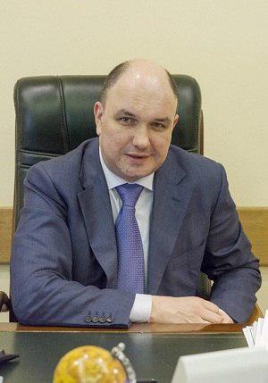 Из дома главы департамента МЭР вынесли деньги и бриллианты на 16 млн