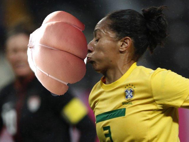 Жопа и мяч фото 184-303