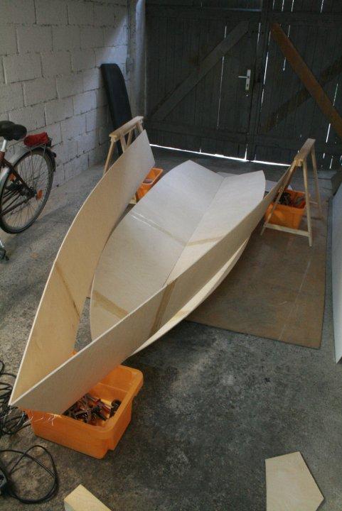 Как собрать пластиковую лодку