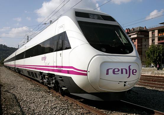 В Испании машинист остановил поезд на полдороге из-за окончания рабочего дня