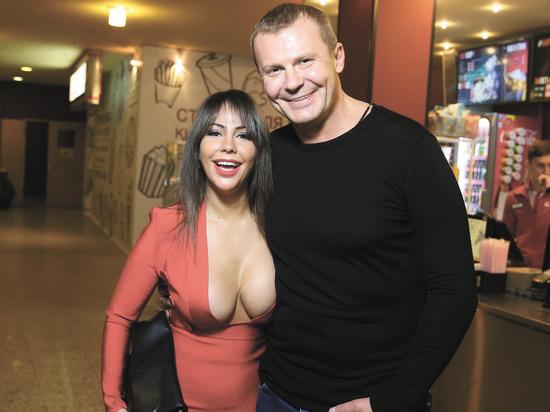 """""""Не потянул"""": порноактриса Елена Беркова бросила очередного мужа"""