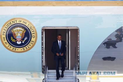 """Китайцы унизили """"президента всея мира"""": Это наша страна. Это наш аэропорт"""