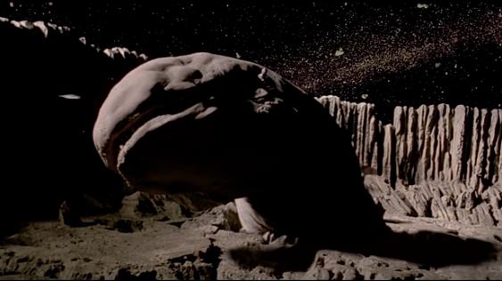 На Луне обнаружены глубокие подземные туннели