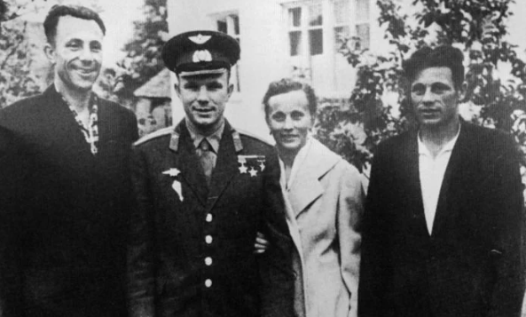 Как сложилась судьба брата и сестры Юрия Гагарина, которых немцы угнали во время войны