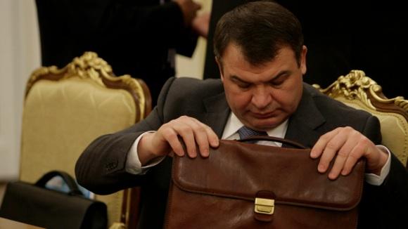 В Думе замяли  расследование по Сердюкову