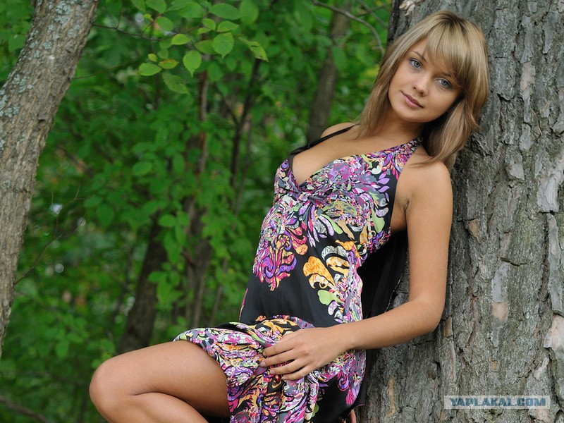 Милые девушки в платьях фото
