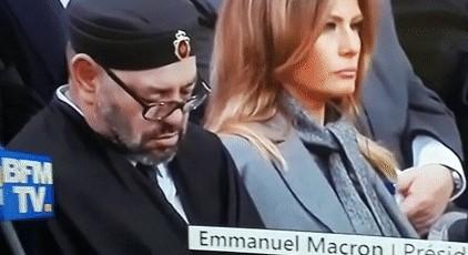 Королю Марокко скучно в день перемирия - он даже заснул