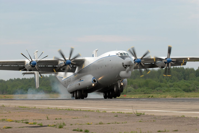 Военно-транспортные самолеты США и РФ