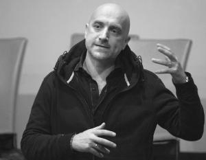 Прилепин напомнил об украинских менеджерах Facebook